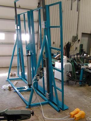 Table élévatrice pour la production   Lifting table for production